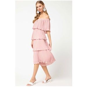 Entro Tiered Dress in Peach